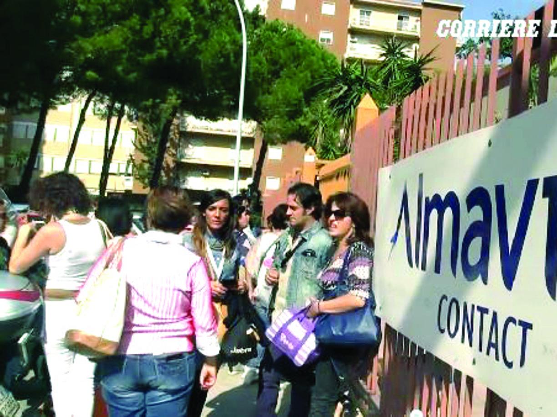 Calenda propone mediazione su Almaviva