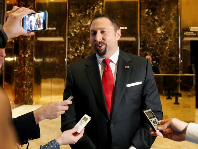 Il futuro portavoce di Trump Jason Miller rinuncia all'incaricoSquadra, tutte le nomine