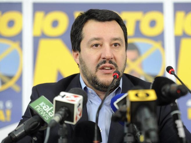 Salvini e il «patto» con Renzi:Mattarellum prima della Consulta
