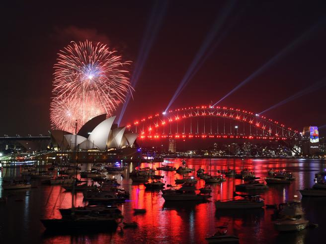Sydney, ecco i primi fuochi d'artificio del 2017 Immagini