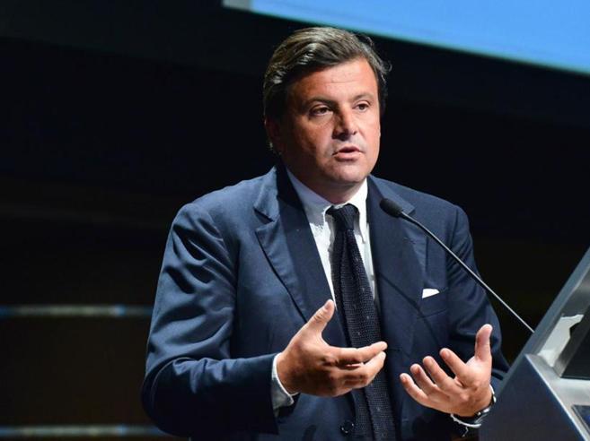 Calenda: «Rete di grandi imprese per mettere in sicurezza l'Italia»