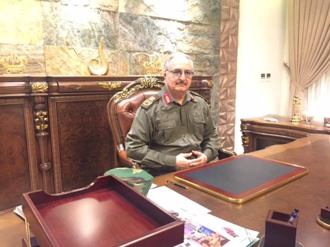 Il generale Haftar: «L'Italia in Libia si è schieratadalla parte sbagliata»