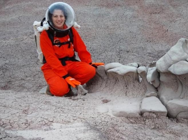 Ilaria, l'astronauta che vive nel deserto: «Su Marte sarà così»