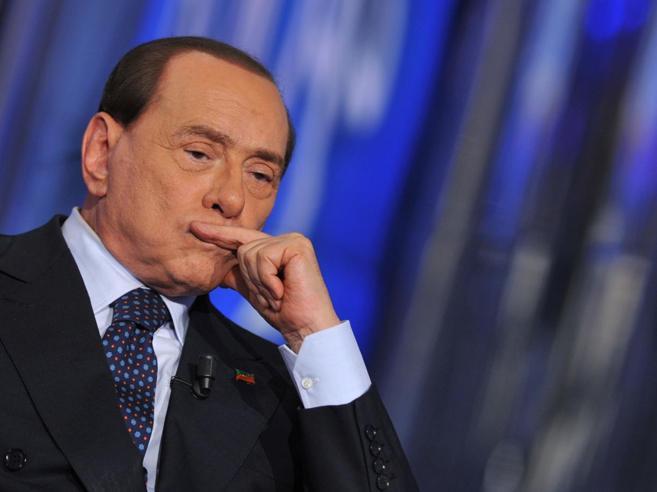 Berlusconi guarda al modello tedesco: ipotesi intesa  col Pd dopo il voto