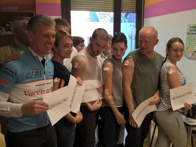 Meningite, vaccino per Bebe Vio e famiglia: «Mi avrebbe salvata» Foto
