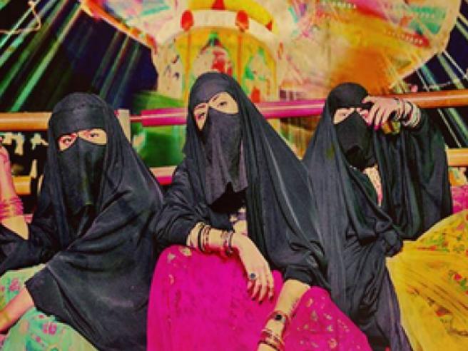 «Dio ci liberi dagli uomini»: videoLa hit che scuote l'Arabia Saudita