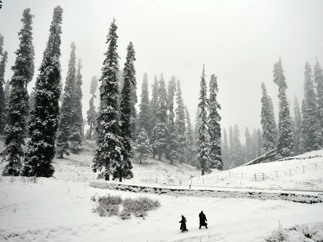 Temperature in picchiata, neve al Sud: finalmente è inverno Il meteo