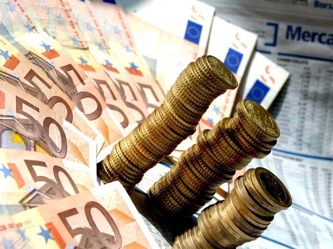 Scende la pressione fiscale. Ma diminuisce il risparmio degli italianiPrima deflazione dal '59