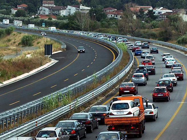 Vivere a 50 metri da  autostrade   aumenta  rischio  danni celebrali