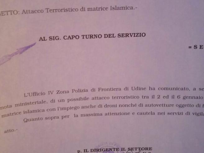 La polizia di frontiera: «Allerta terrorismo,  verificare droni e auto fino al 6 gennaio»