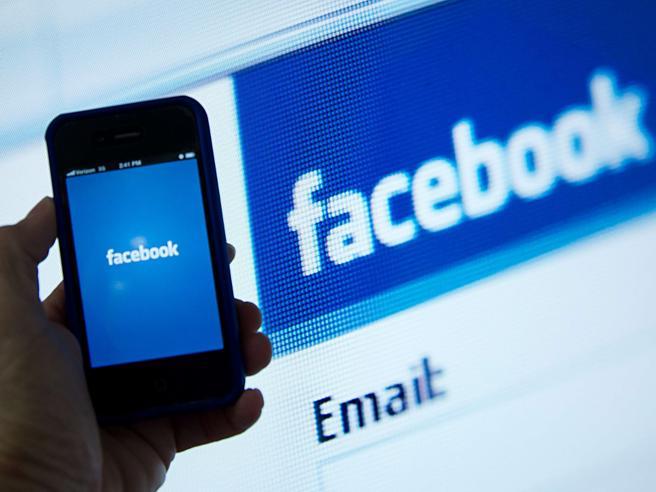 Francia, la sentenza: essere «amici» su Facebook non significa essere amici veri