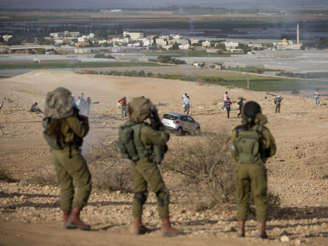 Gerusalemme, camion contro soldati: ci sono feriti
