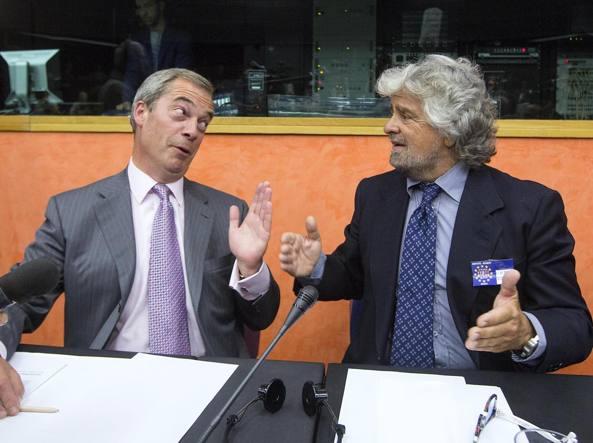 M5S, Grillo torna da Farage dopo lo schiaffo dell'Alde