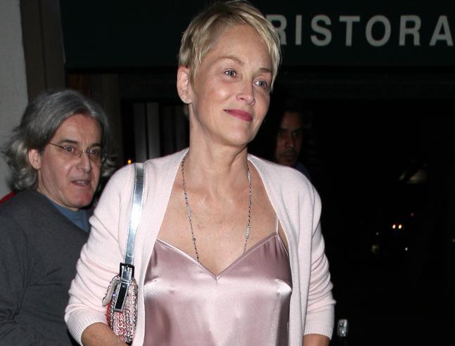 Sharon Stone, fascino senza età: statuaria (a 59 anni)