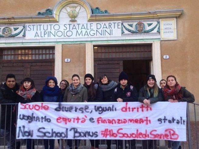 I ragazzi contro lo School bonus: «No ai soldi alle scuole dei ricchi»|Foto