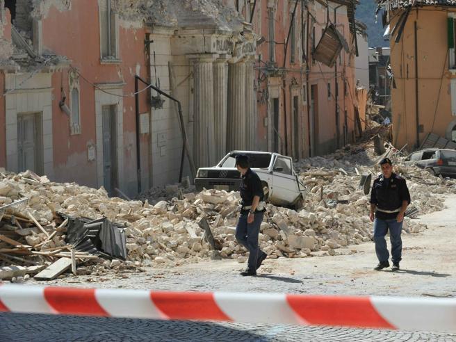 L'Aquila, lievi scosse nella notteLo sciame sismico iniziato alle 14