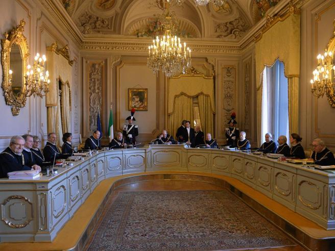 Jobs act,  verdetto sul referendumIl tifo di Renzi per il sì della Consulta