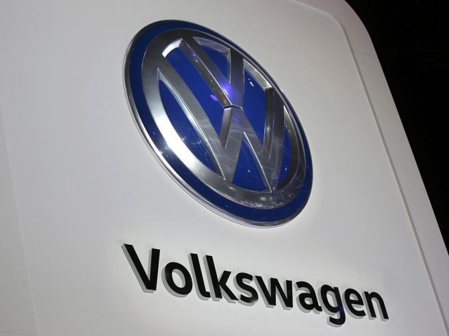 Volkswagen: accordo negli UsaPatteggiamento da 4 miliardi di dollari per il dieselgate