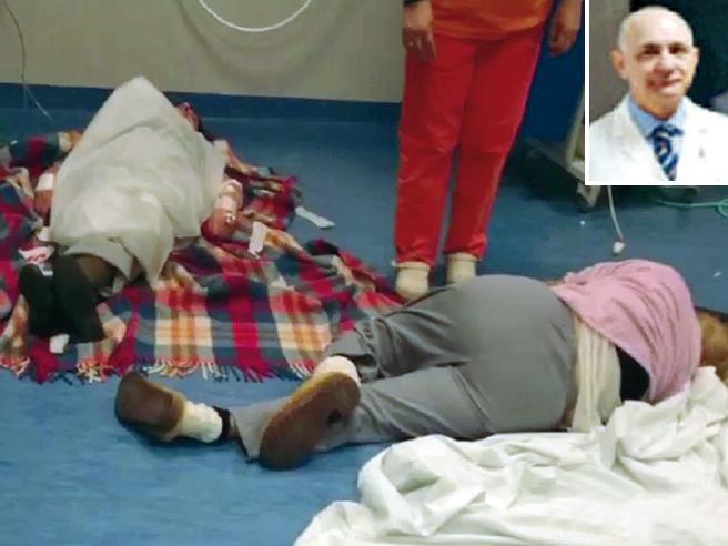 «La priorità è curare tutti I dottori di Nola? Sono  eroi» VideoPazienti curati a terra: polemica
