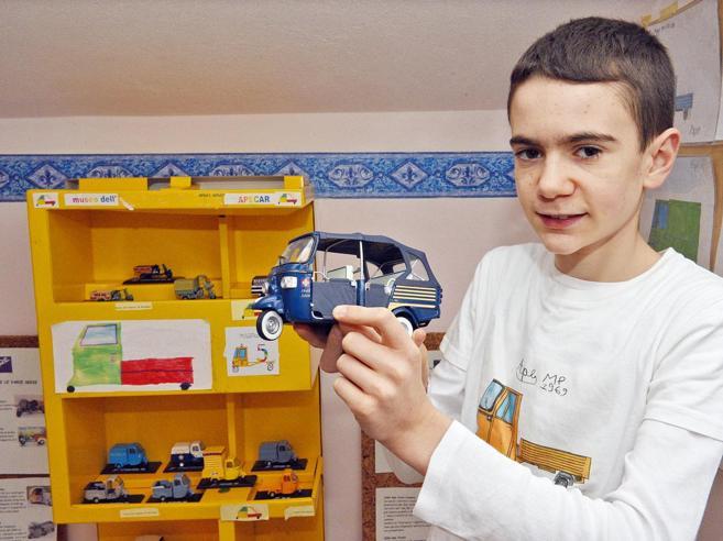 Il museo dell'Ape  in miniaturacreato da Francesco, 12 anni