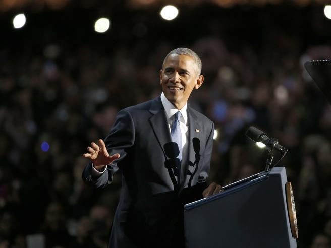 Obama: «Cambiata l'America, ma resta  molto da fare»Amaro addio, mentre nuove rivelazioni scuotono Trump