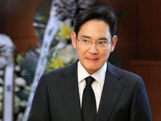 Sud Corea, indagatoper corruzionel'erede Samsung