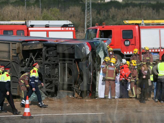 Strage del bus Erasmus in Spagna: riaperte le indagini|Le vittime