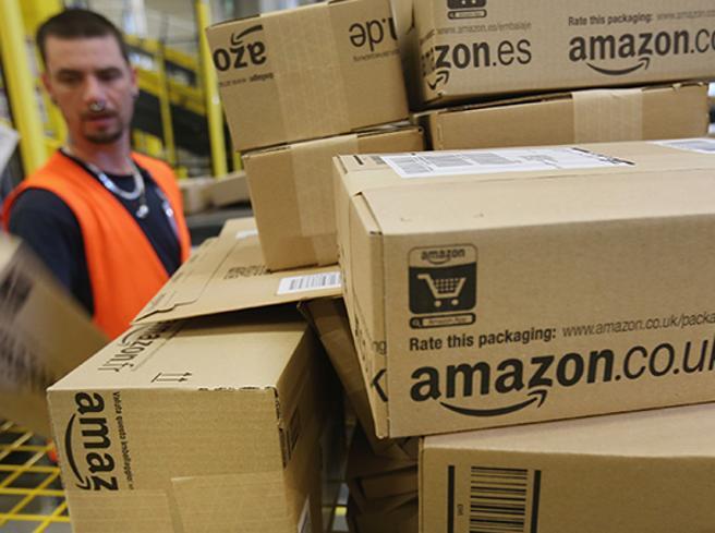 La «risposta» di Amazon a Trump:100 mila nuovi posti di lavoro in Usa
