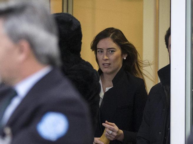 Boschi in ospedale da GentiloniLa visita al premier:  foto