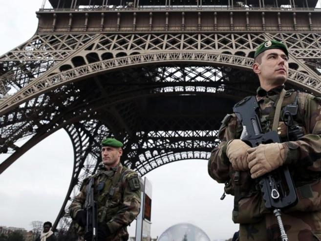 Identificato kamikaze di ParigiAlla famiglia soldi e pecore