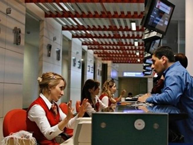 Stretta sui voucher,  riemerge il lavoro a chiamata: via limiti d'età