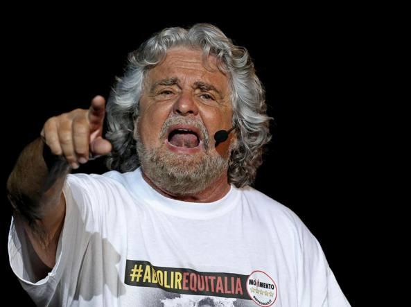 M5S, Grillo aspetta la sentenza della Consulta: votare subito col Legalicum