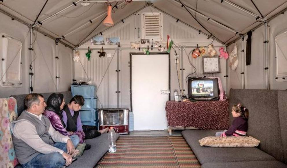 pieghevole e green la casa per rifugiati di ikea vince il