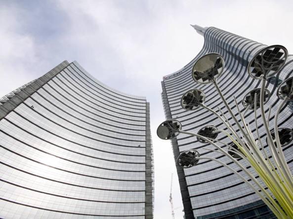 Unicredit: si attendono nuovi dettagli sull'aumento di capitale