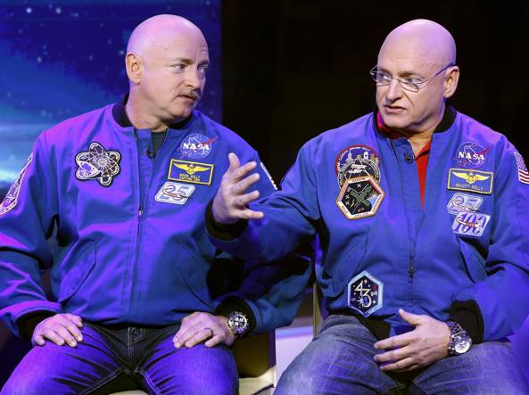 Nasa, dopo viaggio nello spazio i gemelli astronauti non sono più identici