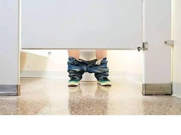 Dallo stretching al cibo 5 cose da non fare prima di una - Andare in bagno ...