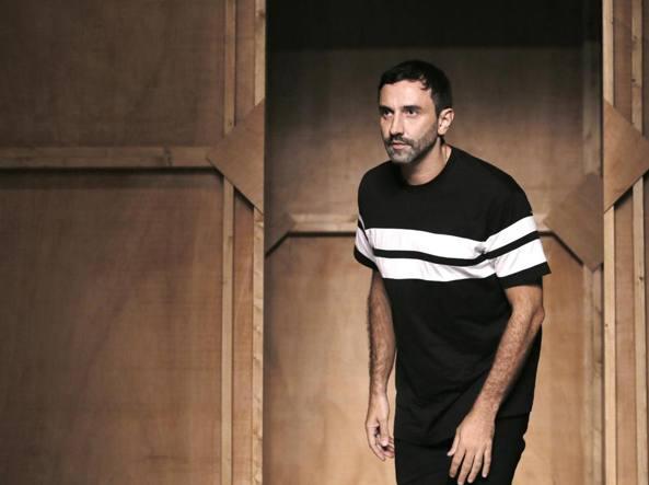 Lo stilista Riccardo Tisci lascia Givenchy