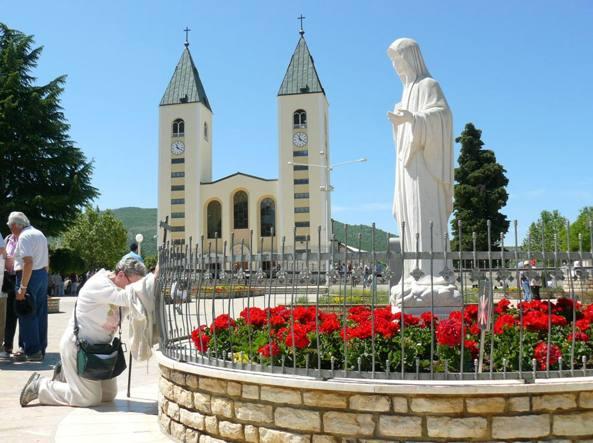 Papa nomina un 'inviato' per Medjugorje
