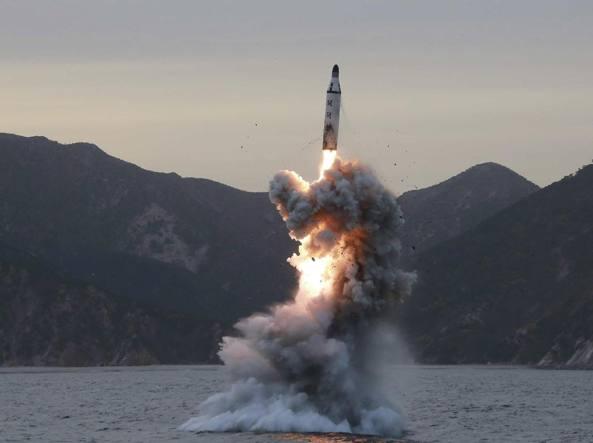 Corea N. lancia missile in mar Giappone