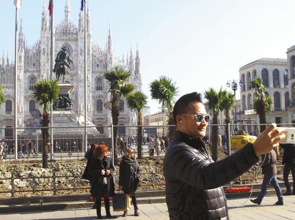 Palme in Piazza Duomo? Milano si divide