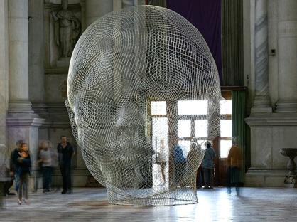 «Together» dell'artista catalano Jaume Plensa (1955) nella Basilica di San Giorgio Maggiore, Venezia 2005