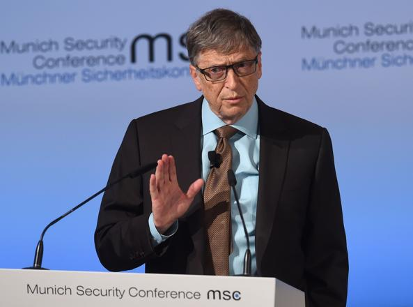 Bill Gates alla conferenza di Monaco (Afp)