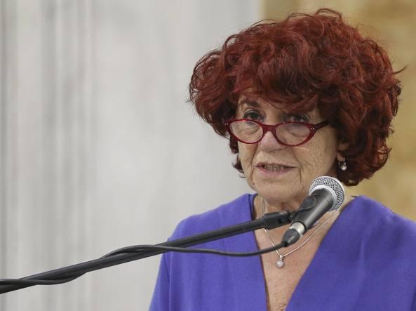 La ministra dell'Istruzione Valeria Fedeli all'inaugurazione dell'anno accademico all'università Partenope di Napoli (LaPresse)