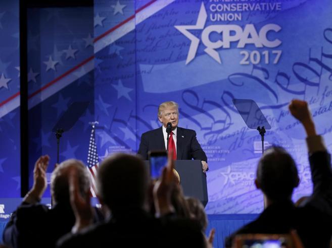 Trump: «Ora buttiamo fuori i cattivi, poi costruiremo il muro»
