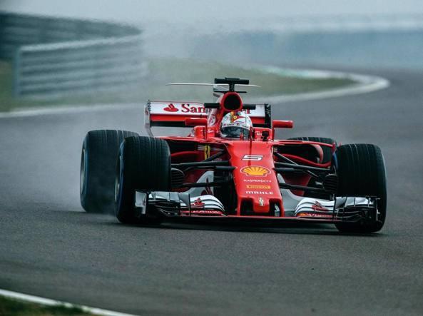 Sebastian Vettel e la SF70H a Fiorano nei test privati (Ansa/Ufficio stampa Ferrari)