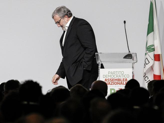 Emiliano ai  renziani:  «Consip? Indagine su un sistema di potere»