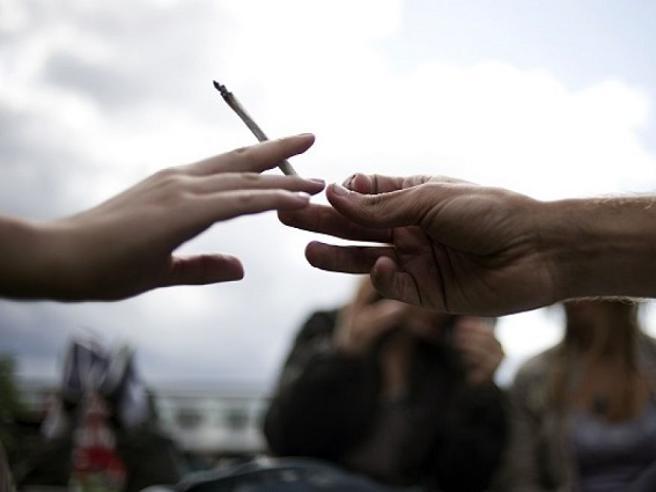 Adolescenti, cannabis e il rischiodi sviluppare la schizofrenia