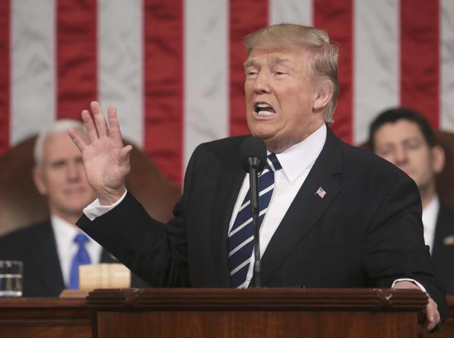 Trump: «Via l'Obamacare. Taglio   epocale delle tasse» Foto Video