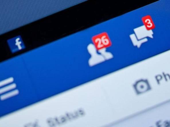 BBC contro Facebook per immagini pedopornografiche