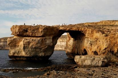 Gozo si sgretola azure windows l arco di roccia icona - La finestra azzurra gozo ...